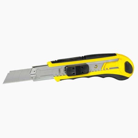 Cutter professionnel 18 mm